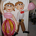 Miami: big balloon art dolls are twisted as a birthday present, great gift