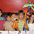 Miami: Balloon art twisting entertainment is great for a family weekend
