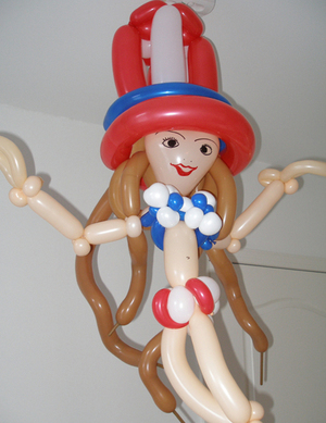 Taryn_southern_balloon_art_by_irina