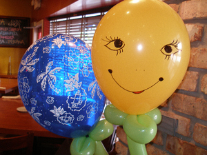 Balloon_art_smiling_face